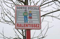 Panneau_ralentir_ecole_feignies
